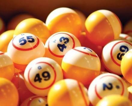Estrazione lotto, Superenalotto, 10elotto domani giovedì 22 ottobre 2014, numeri, previsioni uscita vincenti, estrazione diretta