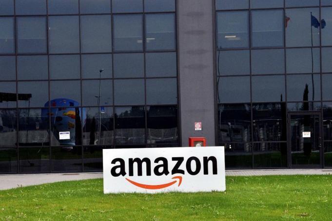 Amazon, conti correnti in arrivo